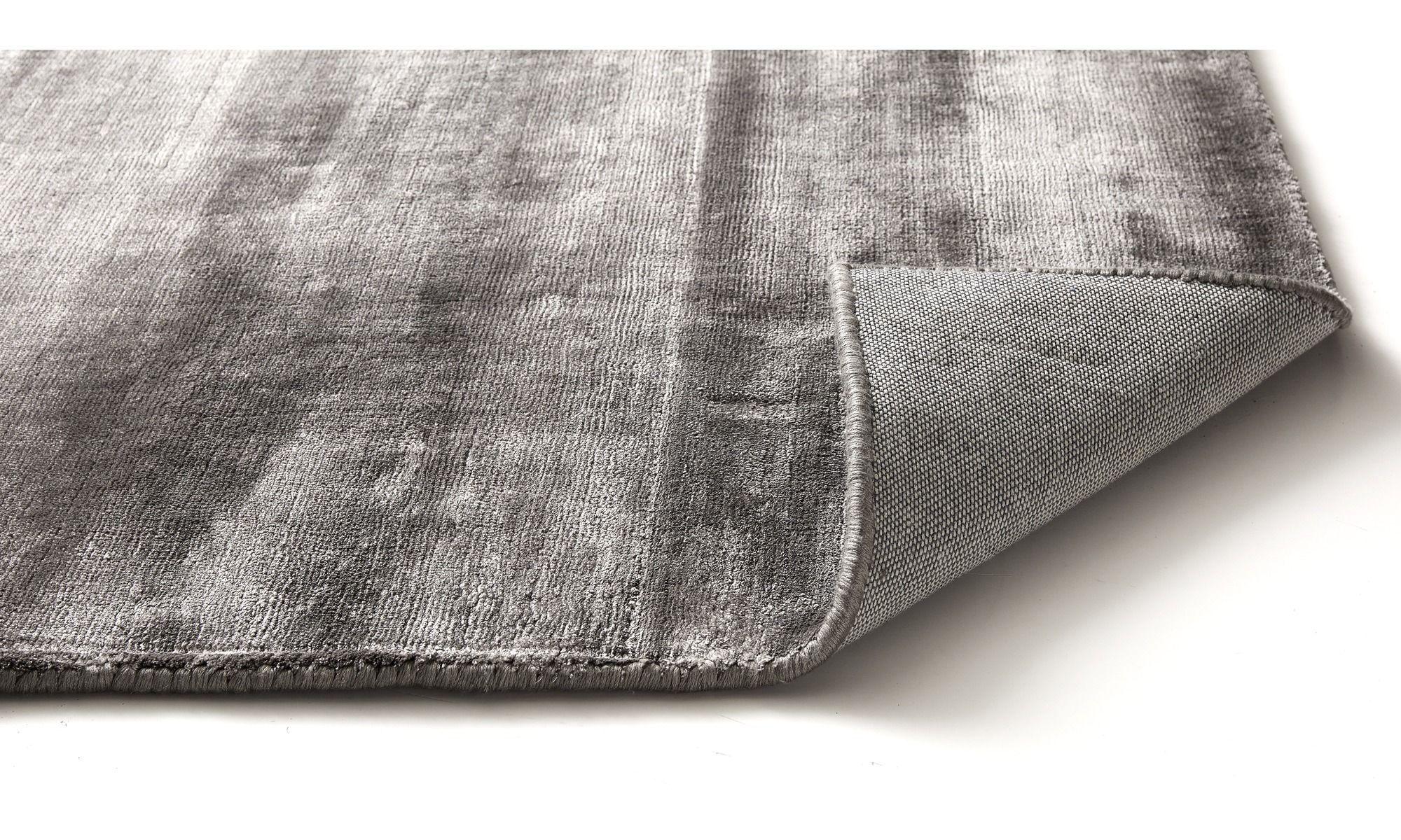 Unsere Neuheiten Waza Teppich Schwarz Stoff Teppich Design Schwarzer Teppich Teppich Online Kaufen