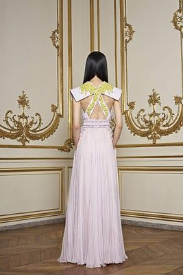 Givenchy: one of the coolest dresses I've ever seen