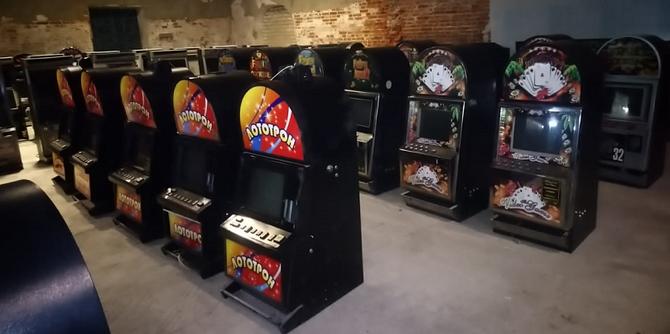 Автомат jackpot crown deluxe
