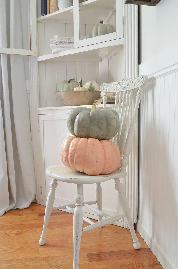 A simple fall corner farmhouse style fall