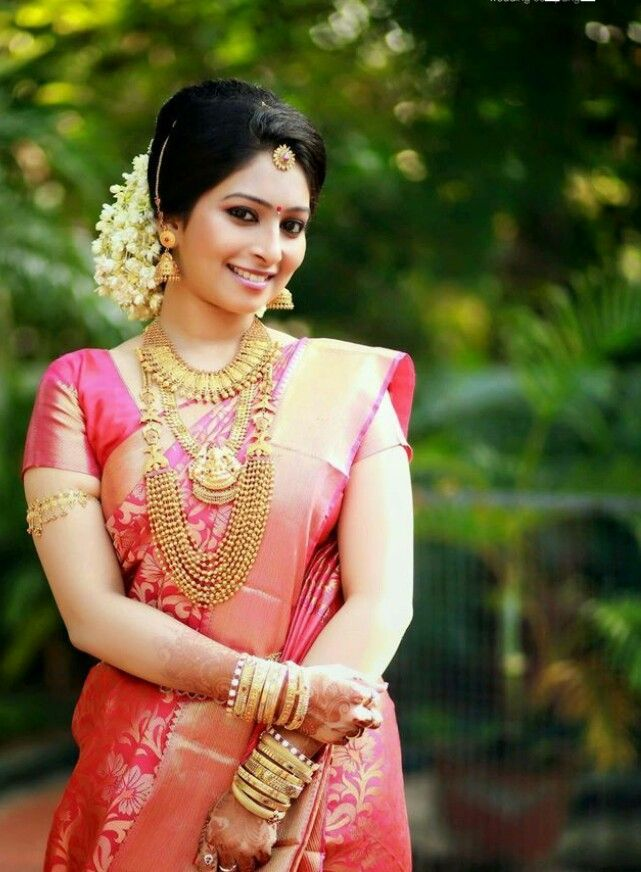 Pin by sri on Model for fashion .. | Pinterest | Saree, South ...