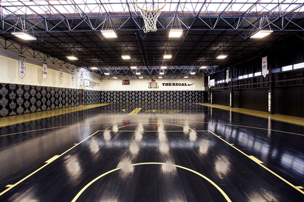 23 Of The Most Amazing Unique Basketball Courts You Will Ever See I Desperately Want To Play On 7 Basketball Court Illini Basketball Home Basketball Court