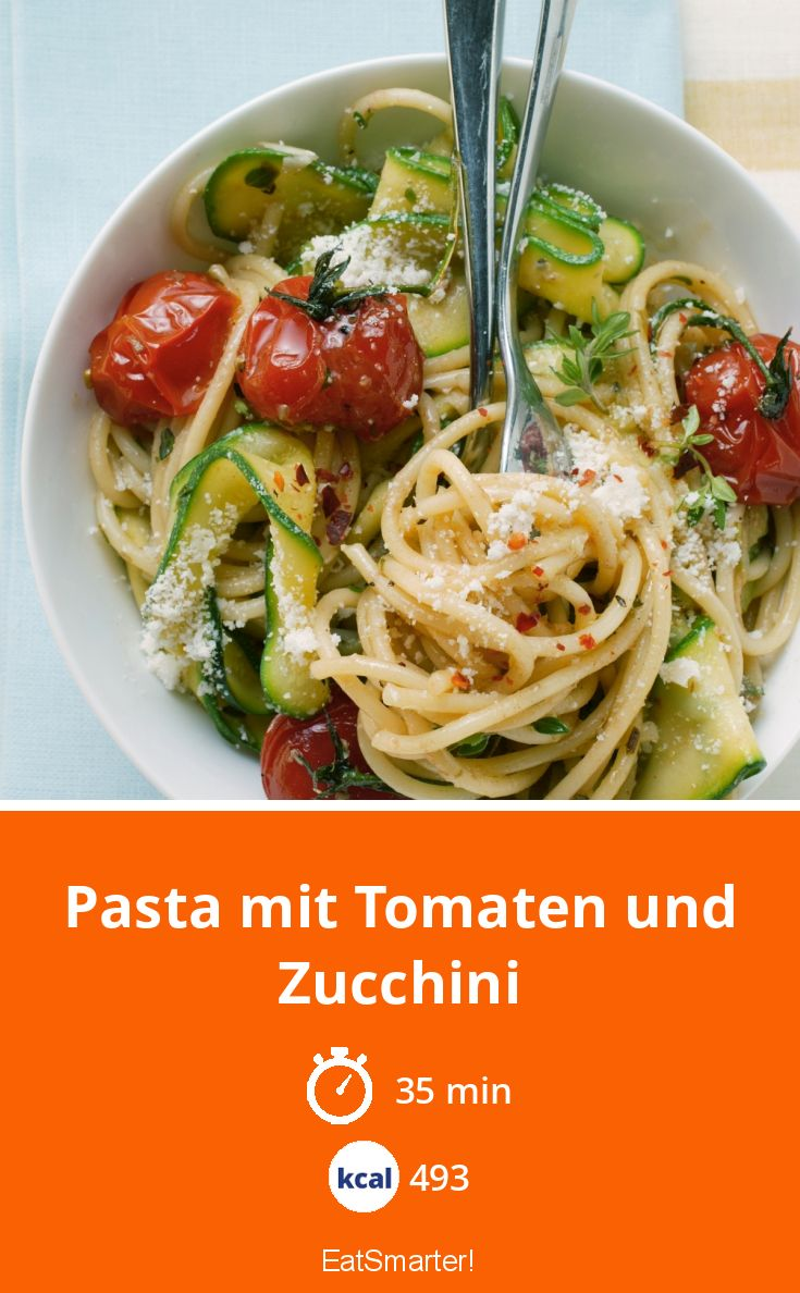 Photo of Pasta mit Tomaten und Zucchini
