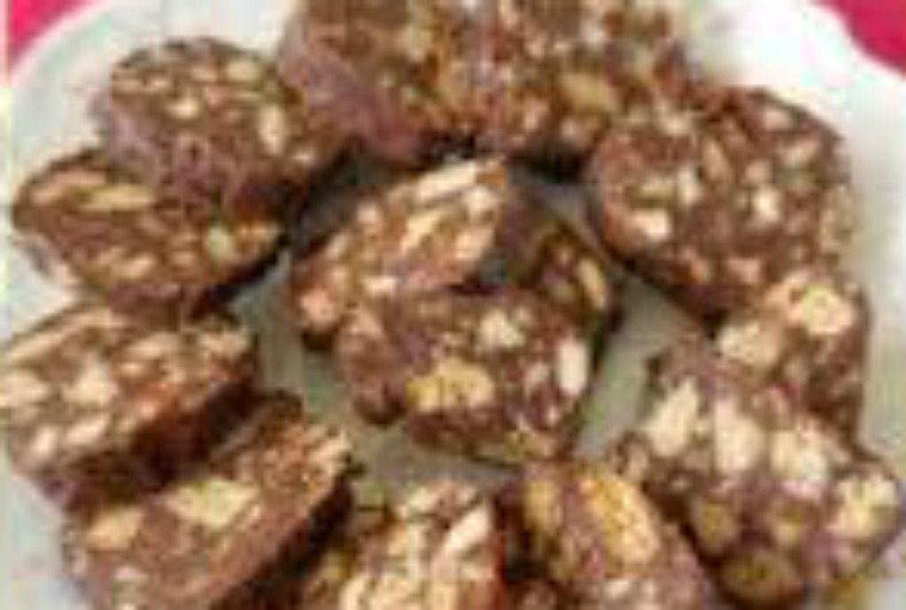 Salame di biscotti di quinoa al cioccolato fondente