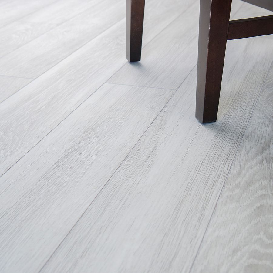 Cali Bamboo 7 In Silverwood Cork Engineered Hardwood Flooring 21 75 Sq Ft Lowes Com Flooring Wood Tiles Design Engineered Hardwood