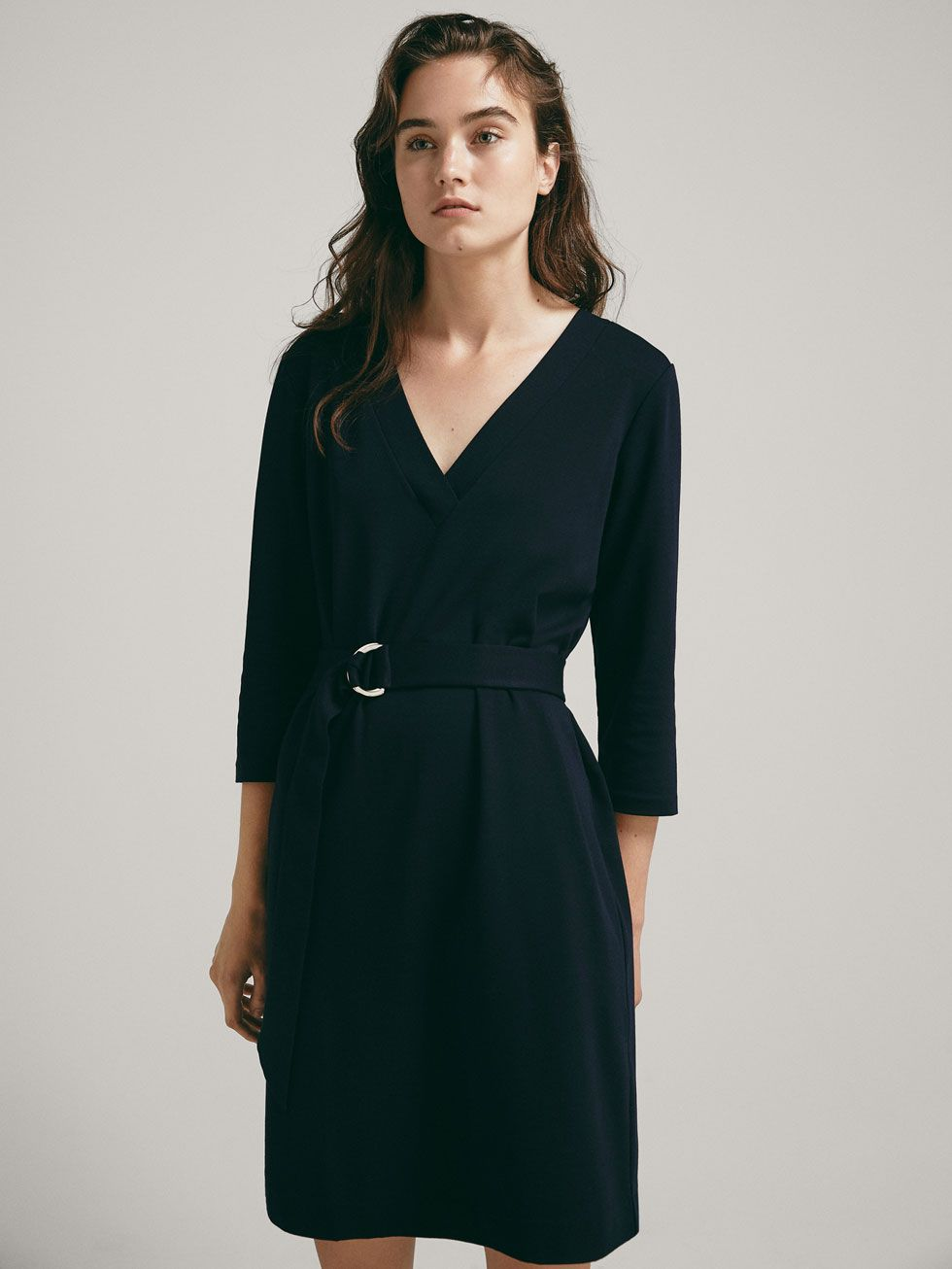 kjole med bælte