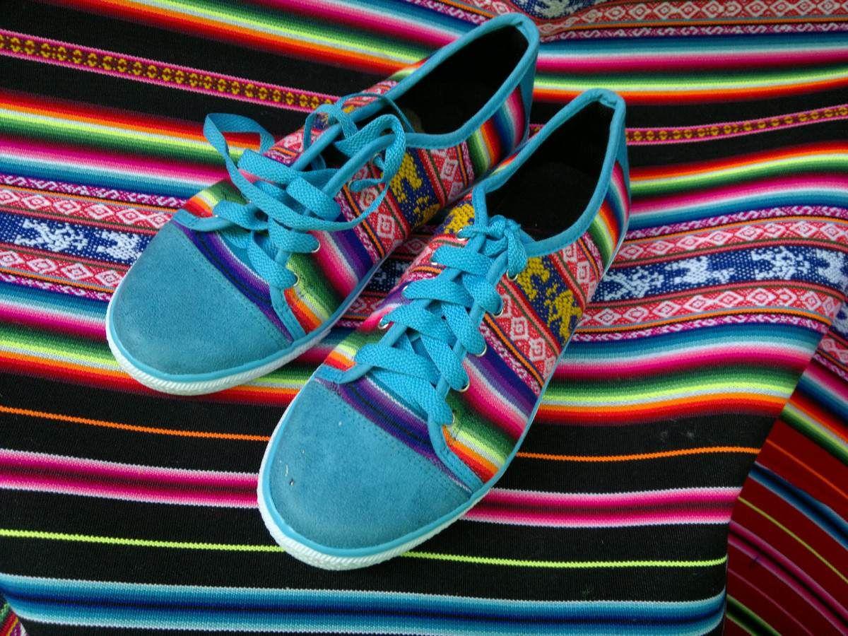 Zapatillas de Aguayo [Peru]  via: http://articulo.mercadolibre.com.ar