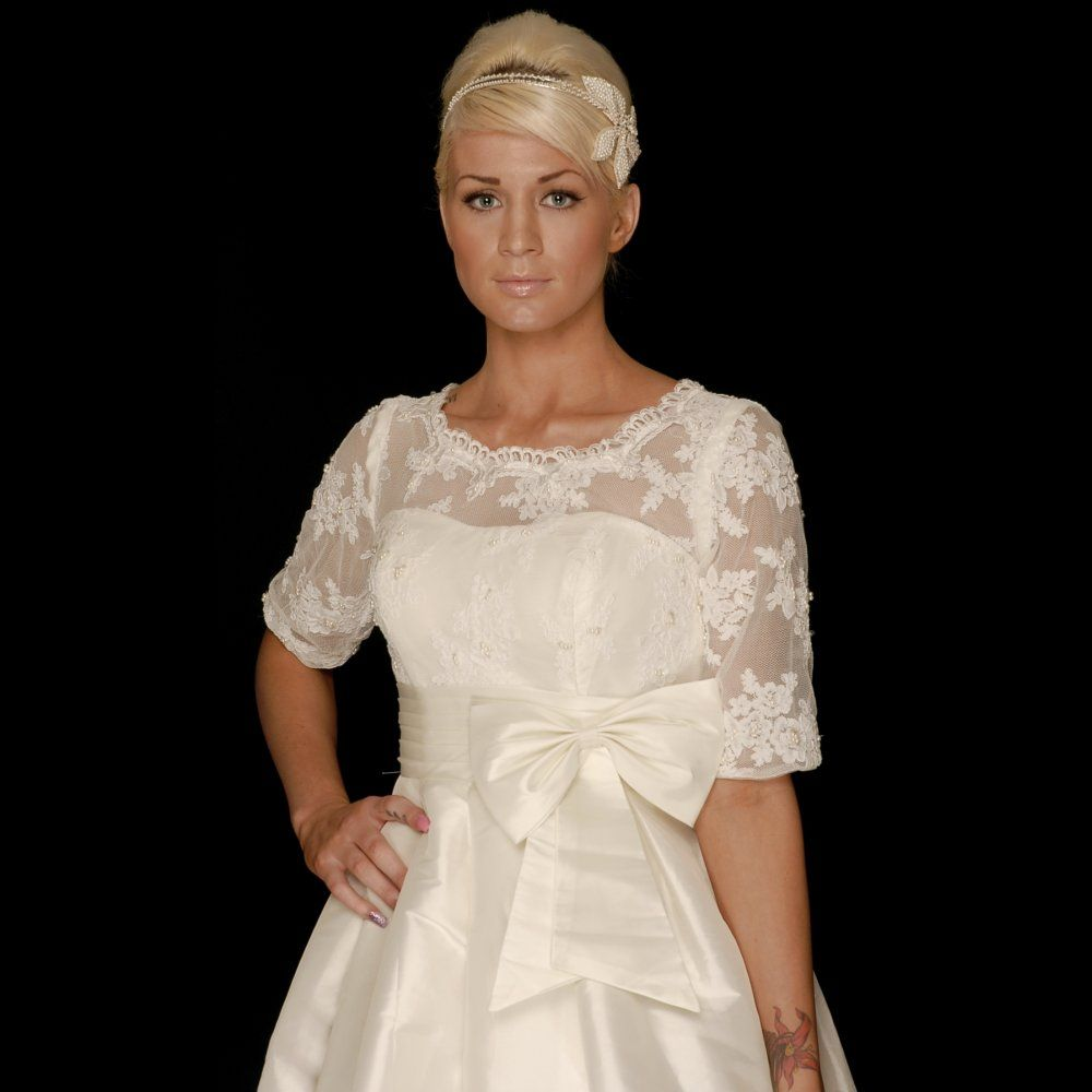 Cutting edge josie vintage style lace wedding dress with sleeves