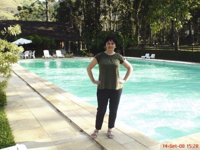 E depois desta foto, só choveu, e a piscina ficou só na vontade.