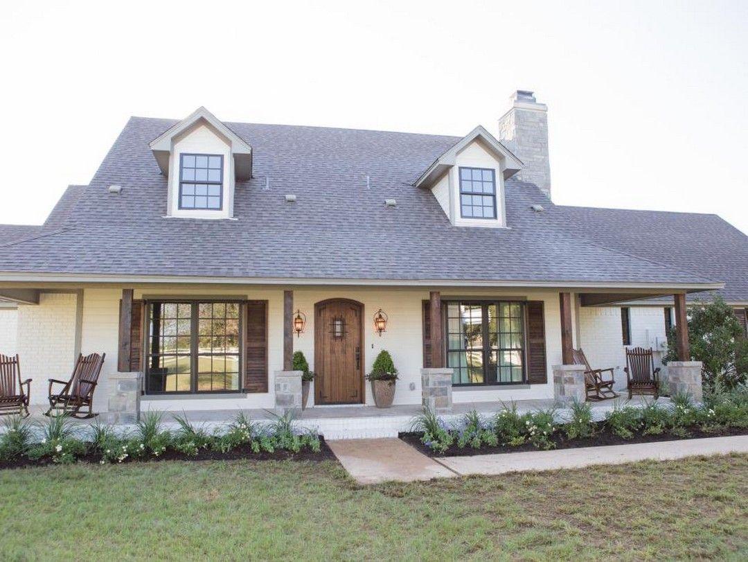 110 Most Beautiful Modern Farmhouse Exterior Design