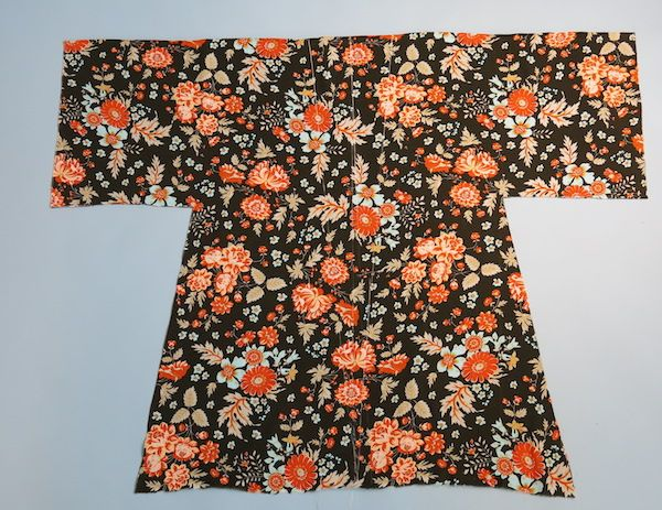 DIY Kimono: The lazy sewists guide to the art of distraction – By Hand London [Update: great pattern, make bigger than you think!]