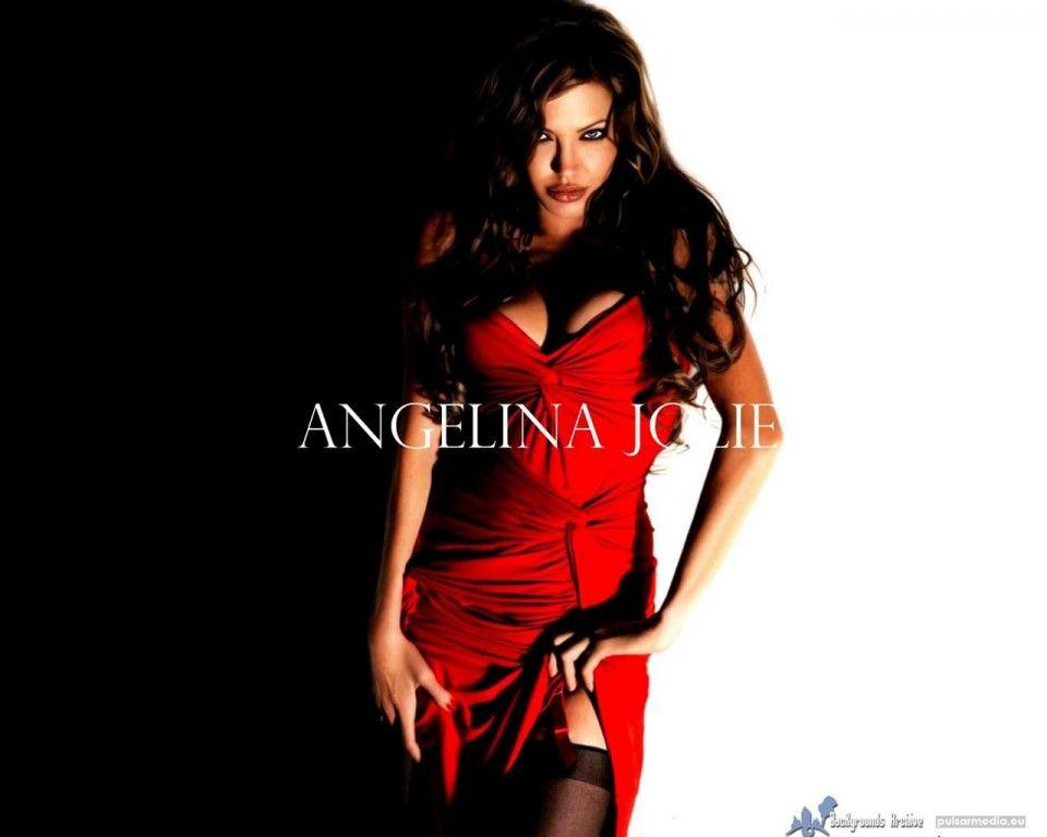 Angelina Jolie - skrivebords bakgrunn images: http://wallpapic-no.com/kjendiser/angelina-jolie/wallpaper-2314