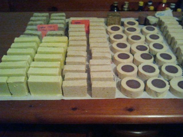 novembre 2012, #saponenaturale latte, latte e cioccolato, sapone con scorze di arancia, sapone al thè verde, sapone all'hennè, sapone alla birra