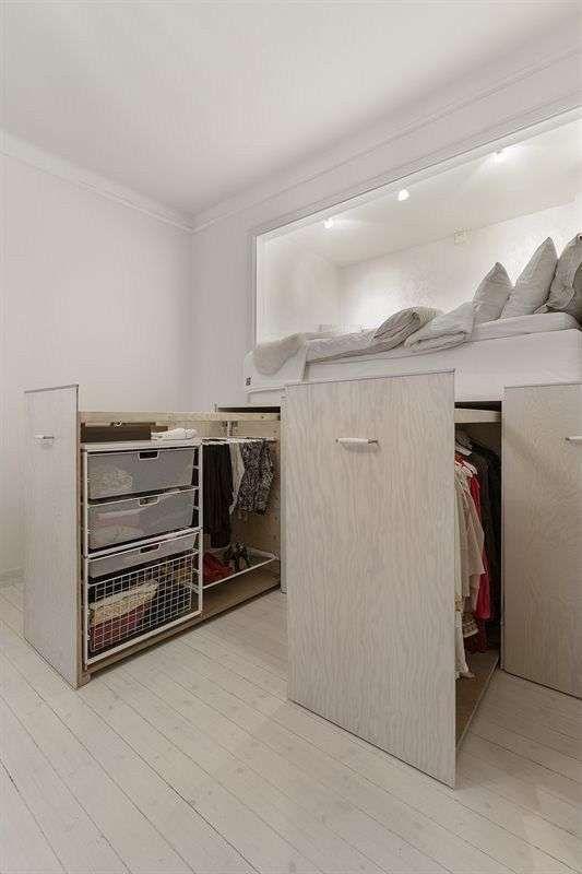 Ideas para ahorrar espacio con camas multifuncionales foto ellahoy closets en 2019 pinterest - Muebles ahorra espacio ...