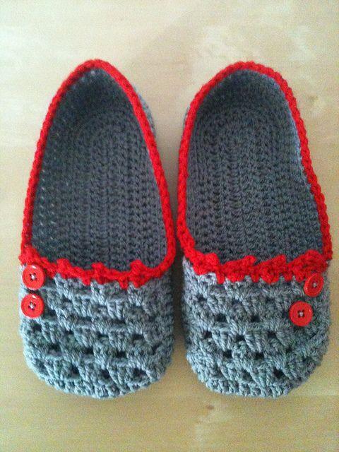 Cocoon slippers | Häkeln, Hausschuhe und Stricken