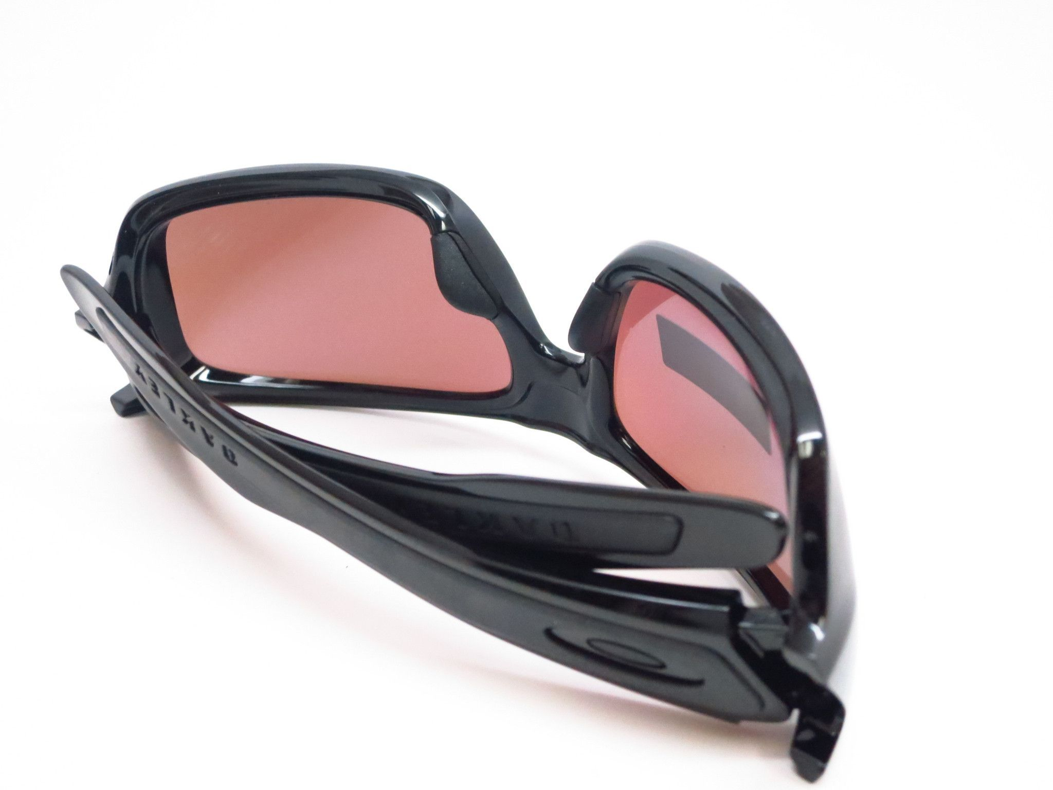 fb21f87f94d ... Eye Heart Shades. Features of the Oakley Turbine OO9263-14 Sunglasses -  Engineered of light weight O Matter