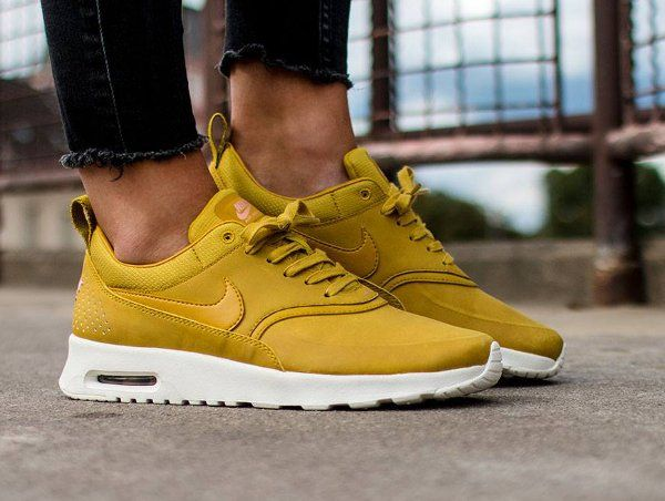 the best attitude b93a3 382df Nike Air Max Thea PRM Citron Bronze