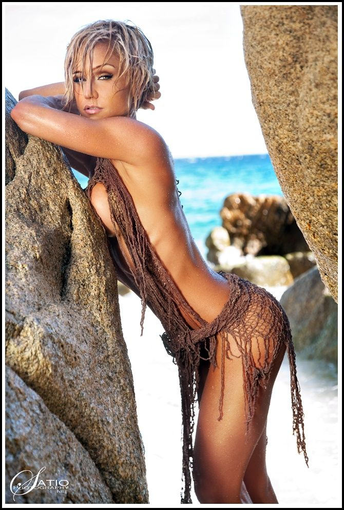 from Malakai sexy naked images of jamie eason