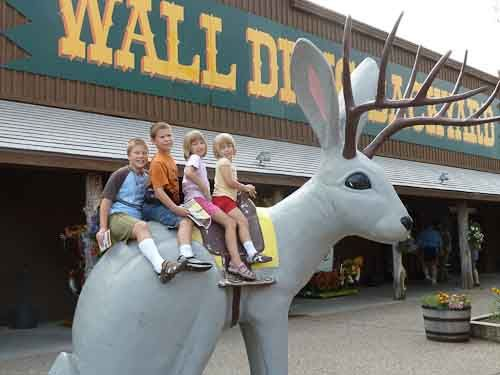 wall drug in wall south dakota wall drug south dakota on wall drug south dakota id=35823