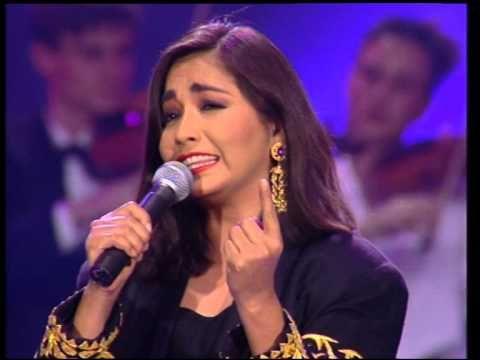 Ana Gabriel Ni Un Roce Con Imagenes Mejores Canciones