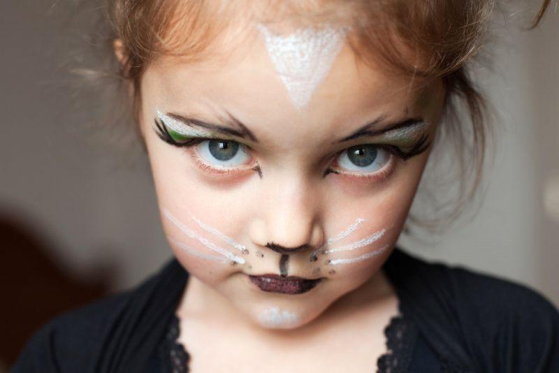 10 maquillages faciles r aliser make up kids cat. Black Bedroom Furniture Sets. Home Design Ideas