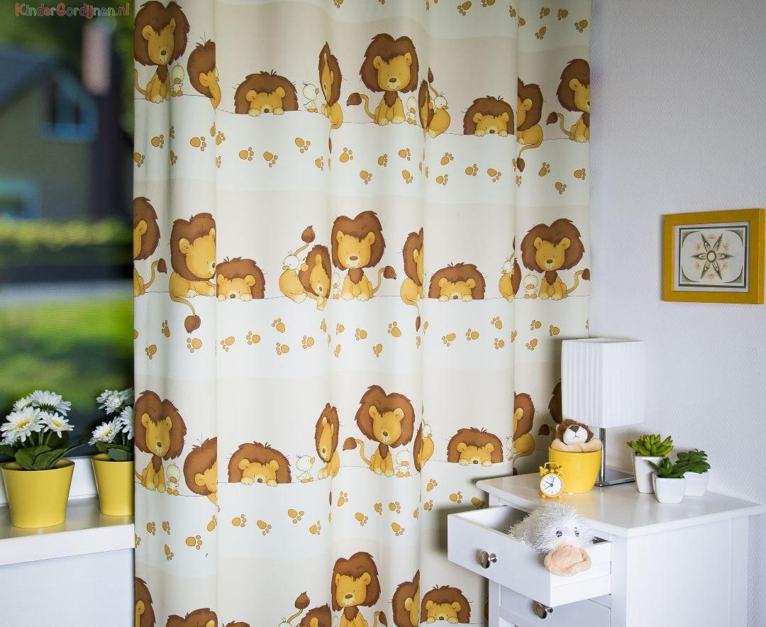 Lion and Duckling (verduisterend) sfeerfoto   KinderGordijnen.nl ...