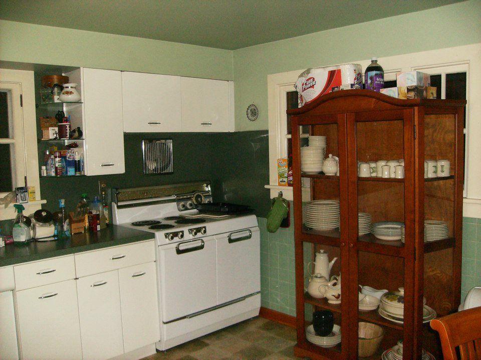 1950s Kitchen Cabinets 1950s Vintage Metal Geneva Kitchen Cabinets Kitchen Cabinet Styles Wooden Kitchen Cabinets Freestanding Cooker