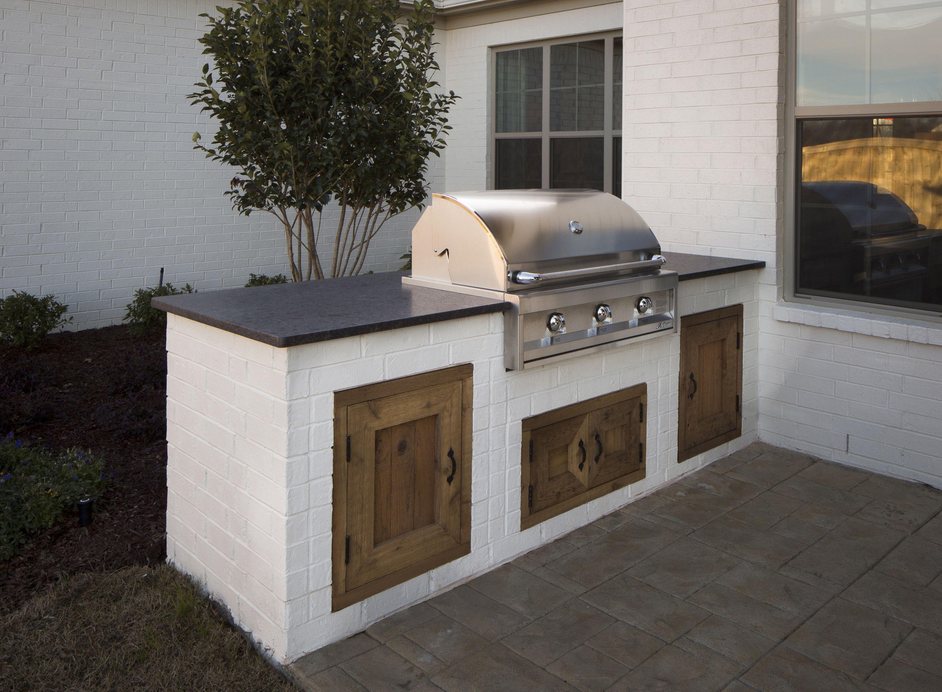 Regency Homebuilders Outdoor Living Area With Grilling Station Outdoor Grill Station Outdoor Fireplace Designs Outdoor Fire Pit
