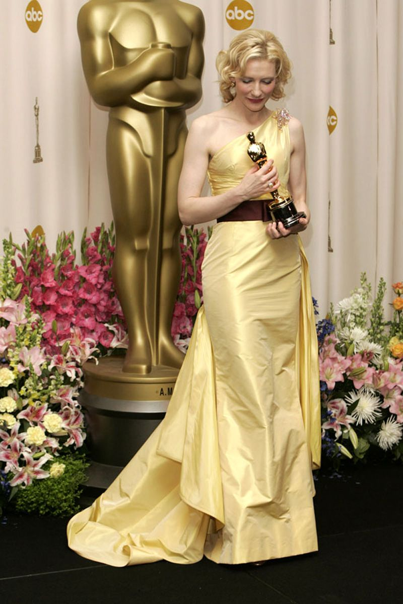 Cate Blanchett In Valentino Evening Gown 2005 Valentino Prom Dresses Yellow Strapless Dress Formal Dresses [ 1200 x 800 Pixel ]