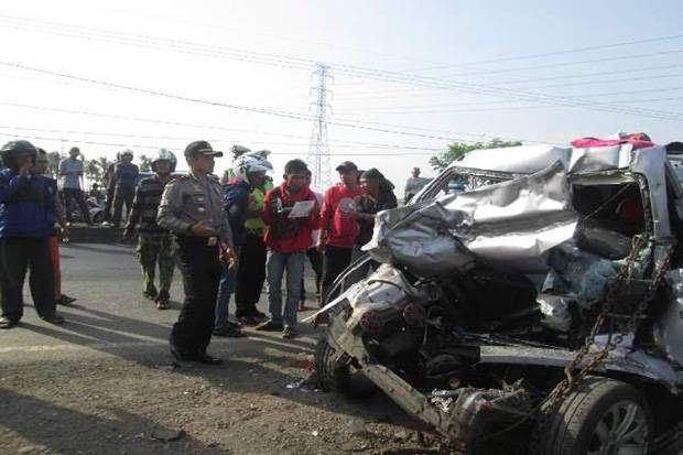 Pantura Berdarah Lima Nyawa Melayang Usai Kecelakaan Lima Truk Kendaraan