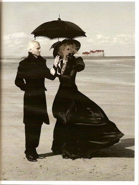 Image detail for -gothic fashion - Gothic Photo (22141990) - Fanpop fanclubs