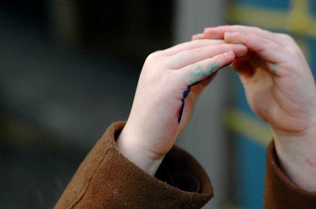 enlever marqueur sur les doigts