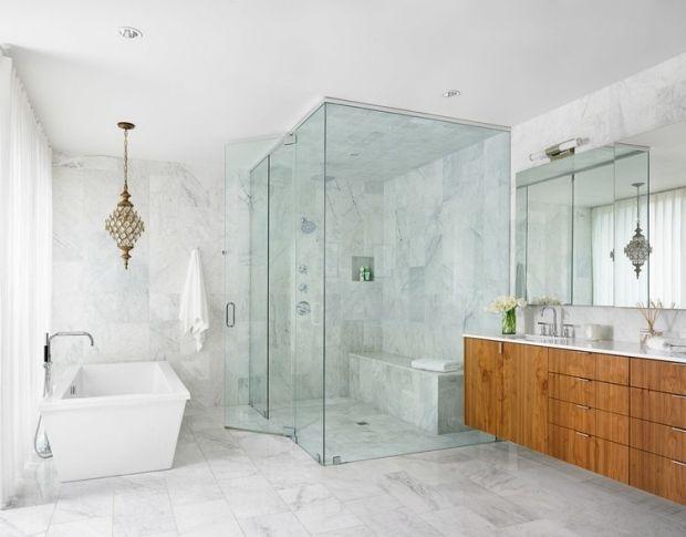 Marmor Badfliesen Design Kronleuchter Bodenebene Dusche Glasabtrennung