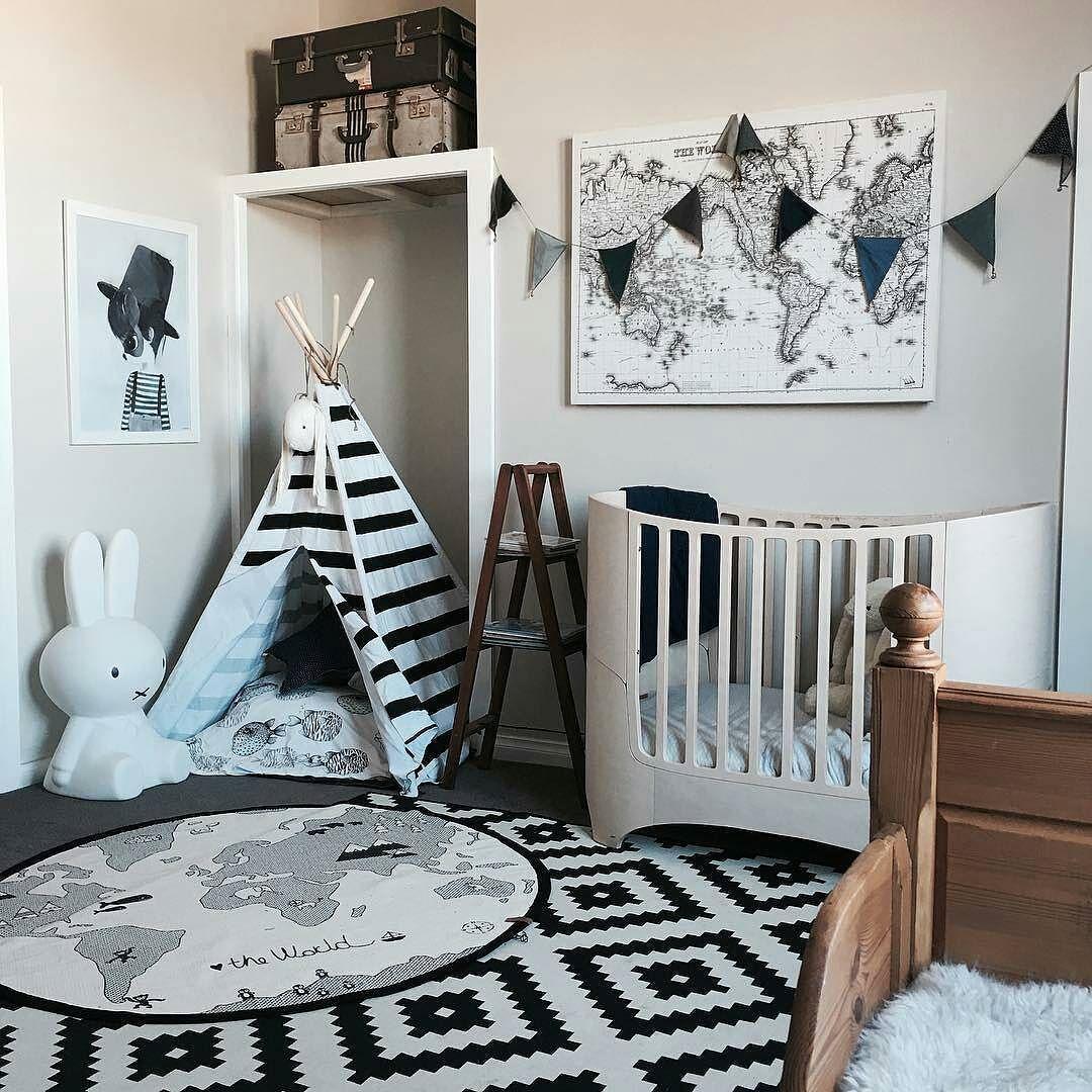 Vintage Themed Bedroom 121