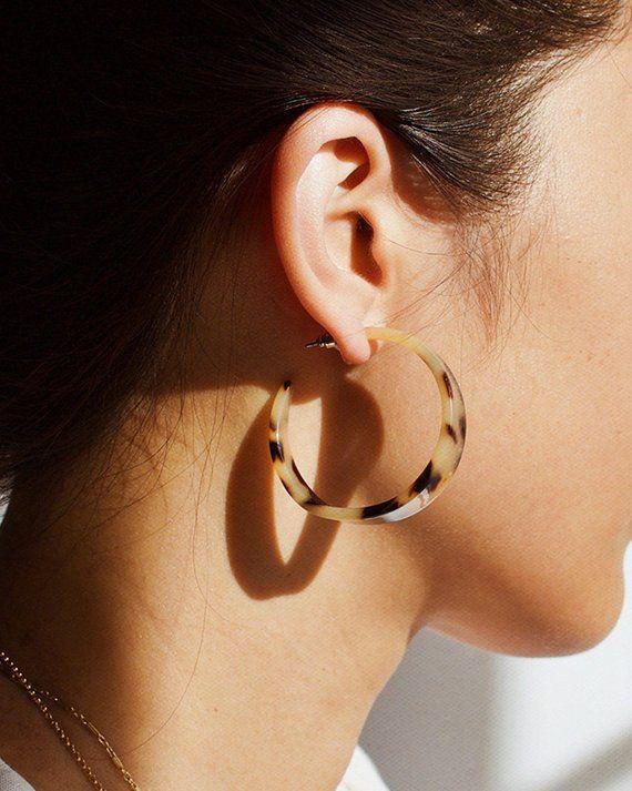 Items similar to Maya Small Hoops Tortoise Shell Earrings Tortoise Shell Hoop Ea…,  #Earrin…