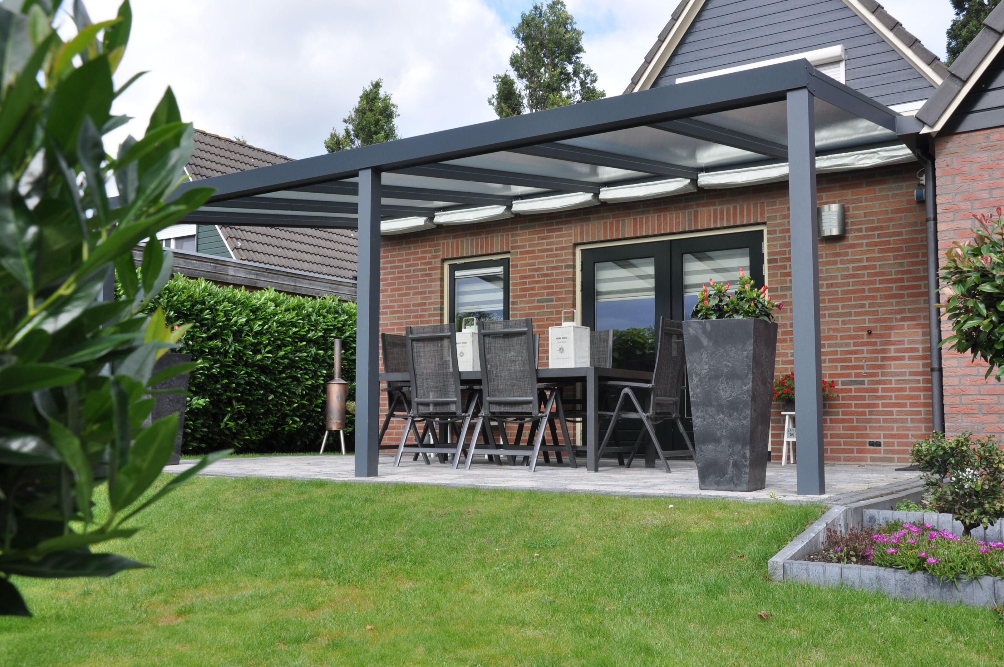 Moderne Aluminium Terrassenüberdachung. Modernes Design und ...