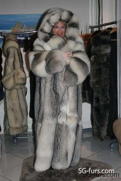 dfc3672a37c Long hooded fox fur coat