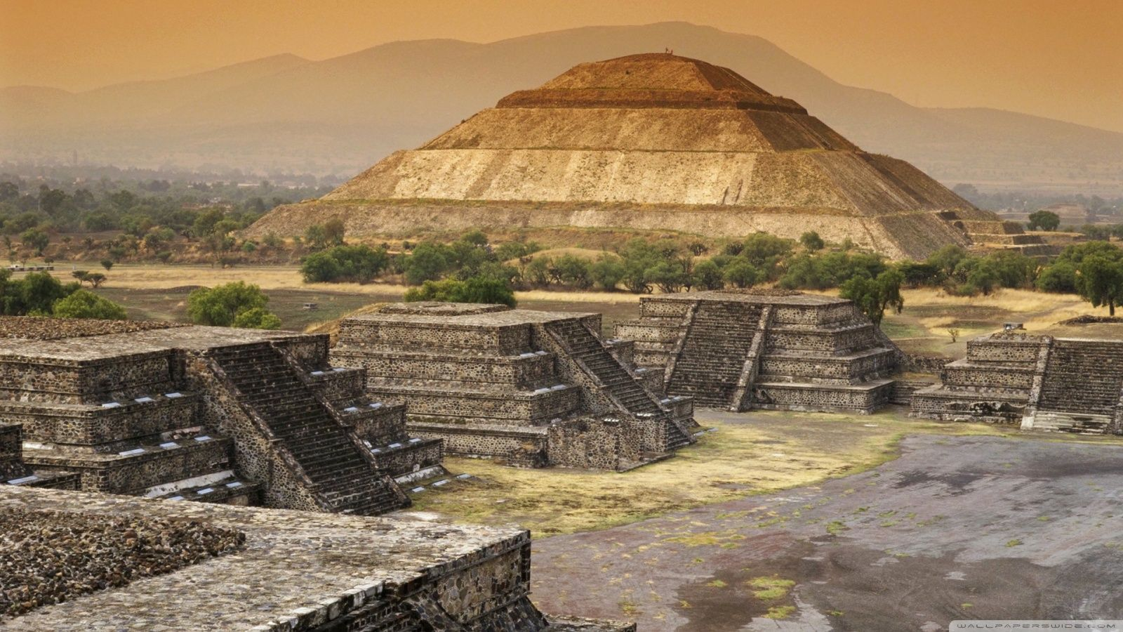 Download Pyramid Of The Sun, Teotihuacan, Mexico HD