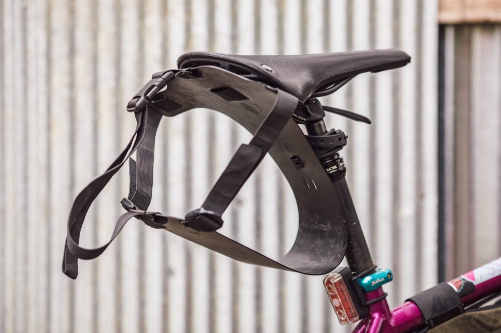 Wayward Riders Louise Dropper Post Harness Review Di 2020 Sepeda