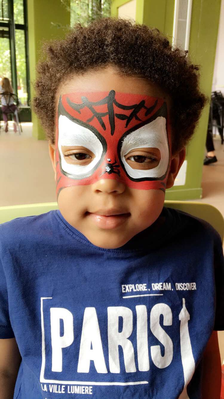 Face painting Spiderman