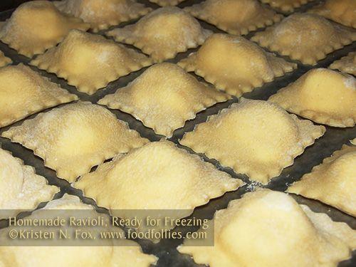 Freezing Homemade Ravioli so you never have a ravioli emergency. :D http://www.foodfollies.com/2013/05/23/homemade-ravioli/