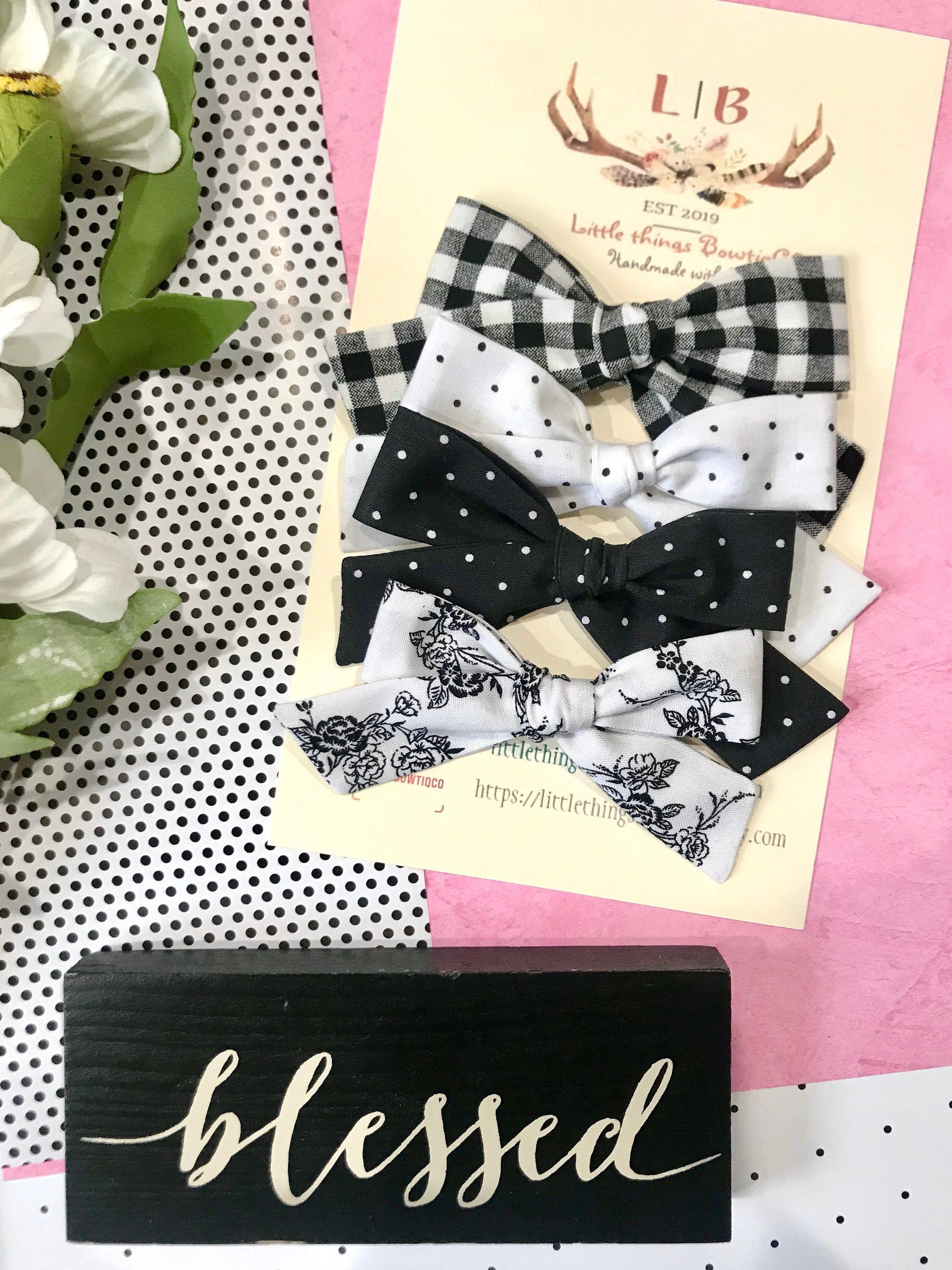 Black and White Hair Bows
