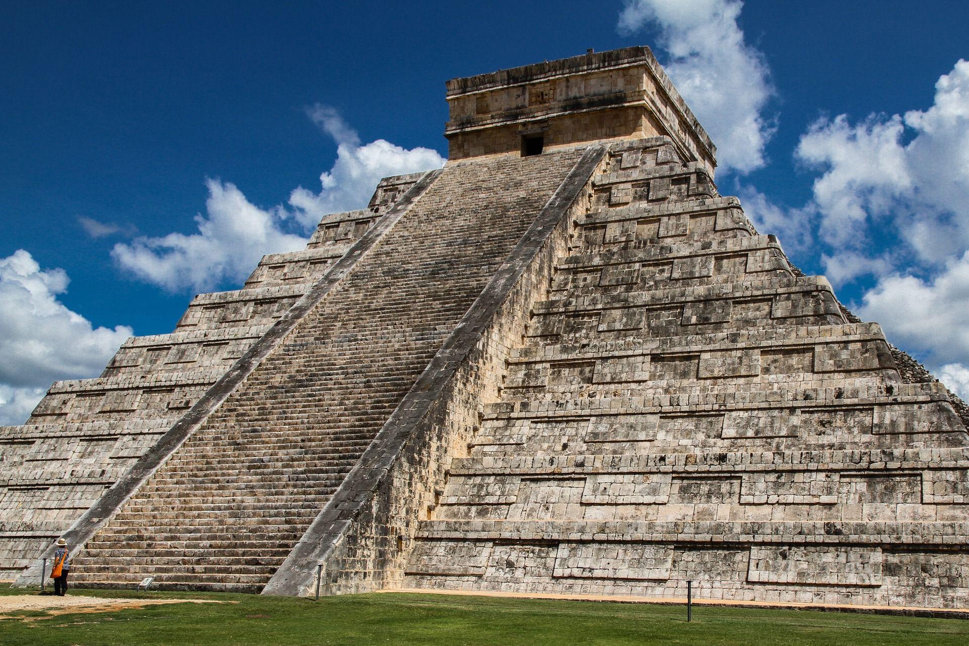 Mexico · Chichen Itza ================================ #ancient #building #city #history #Mayan #ruin #sevenwondersoftheworld #ThePyramidofKukulkan #worldheritagesite #ChichenItza #Mexico #sceneries #amazingplace #beautifulplace #amazingplaces #beautifulplaces #scenery #world #travel #nature #landscape #traveling #travelling #travelphotography #naturephotography #photography #follow