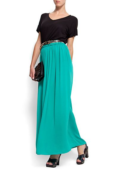 love the skirt color, would be great for summer