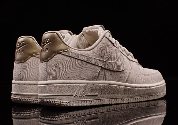 Premium Suede Lands On The Women's Nike Air Force 1 Low