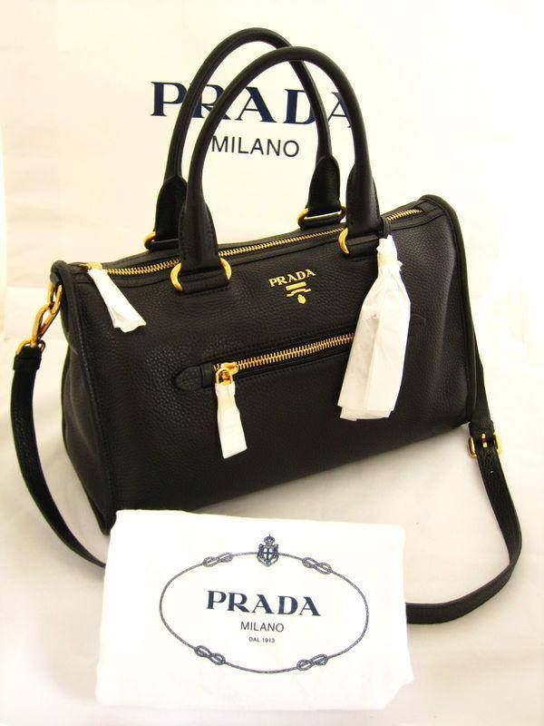 8a90846e1d8380 Prada Bag... I'm drooling | Bag It. | Prada handbags, Prada tote bag ...