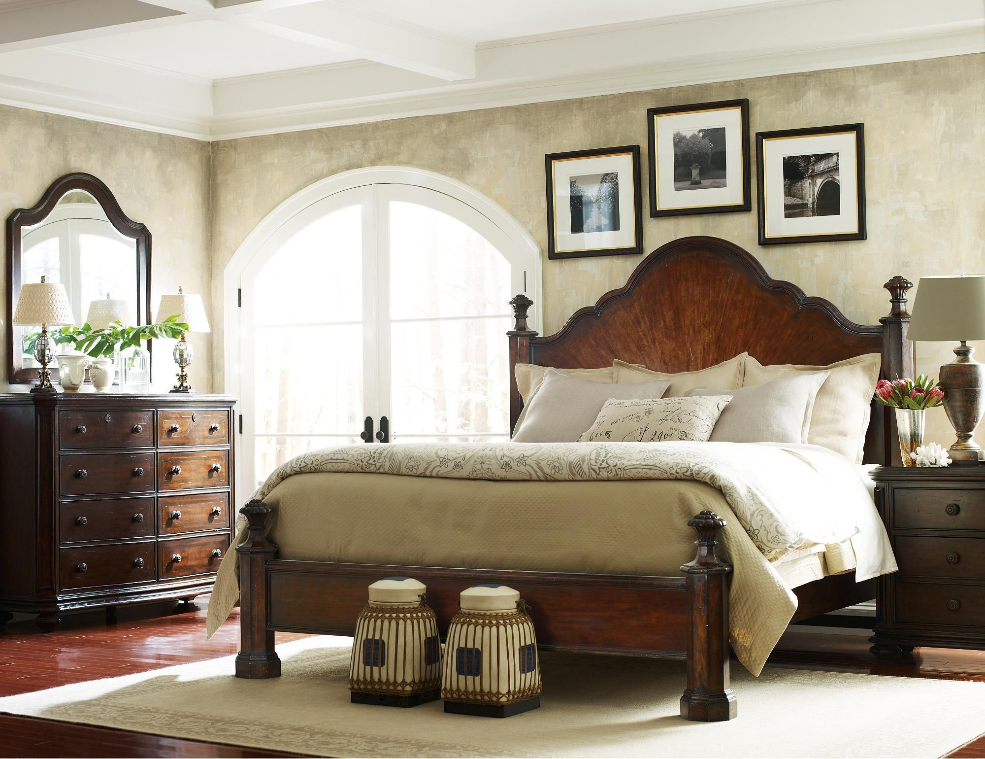 Stanley Furniture The Classic Portfolio Continental King