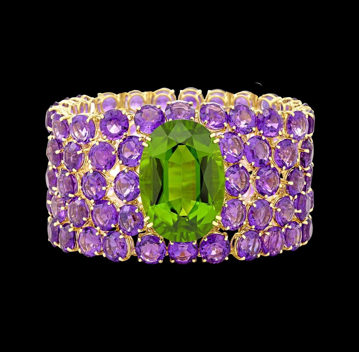 Margot MCKINNEY Jewelry - New York collection-  Peridot (49.20ct)  and  Amethyst (162.28ct) Cuff Bracelet in 18k yellow Gold.