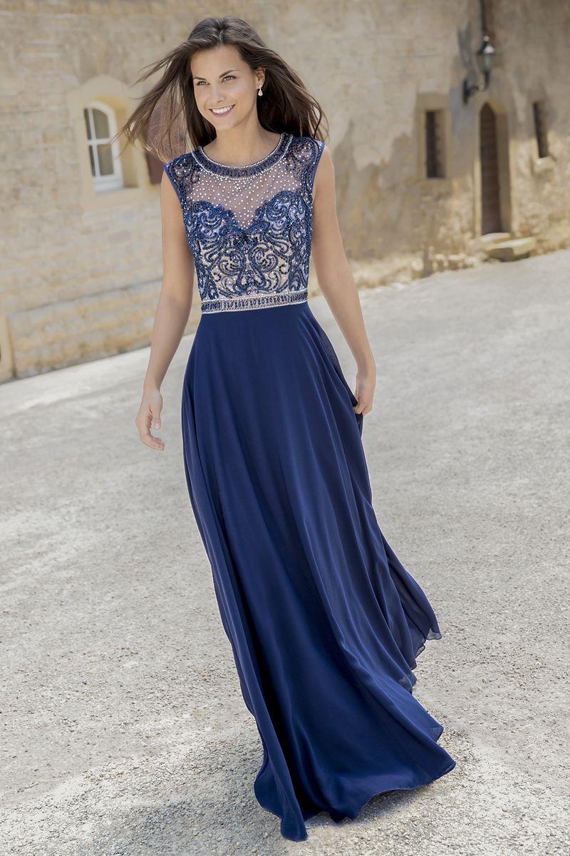 Das Abendkleid Ist Ein Verspielter Traum Aus Steinchen Perlen Und Pailetten Auf Hellem Untergrund Kleider Modestil Festliche Kleider