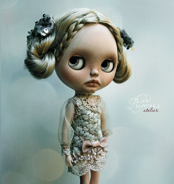 Blythe Dress Golden PEARL Exclusive Collection by oddprincess